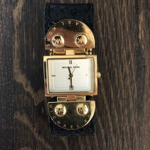 Original black and gold Michael kors watch!